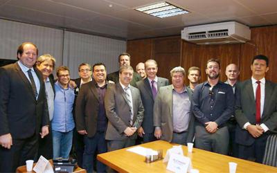 Fetracoop cumpre agenda de resultados em Brasília