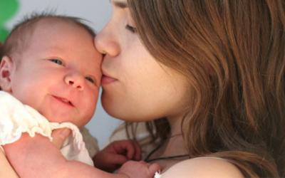Metade das mulheres perde emprego após licença-maternidade
